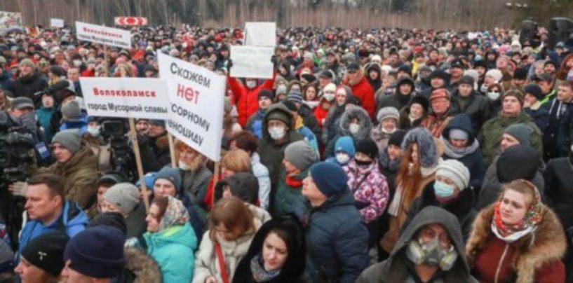 Коммунальщики спасли Урал от массовых протестов против мусора, как в Подмосковье