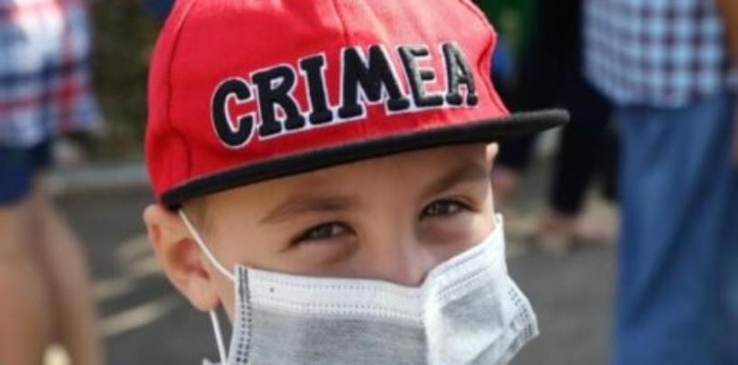 Детей эвакуировали, птицы улетели. Как живут в «мертвой зоне» Крыма