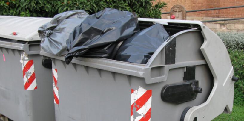 В Челябинске из дворов массово пропадают мусорные контейнеры. Куда исчезают баки для ТБО?