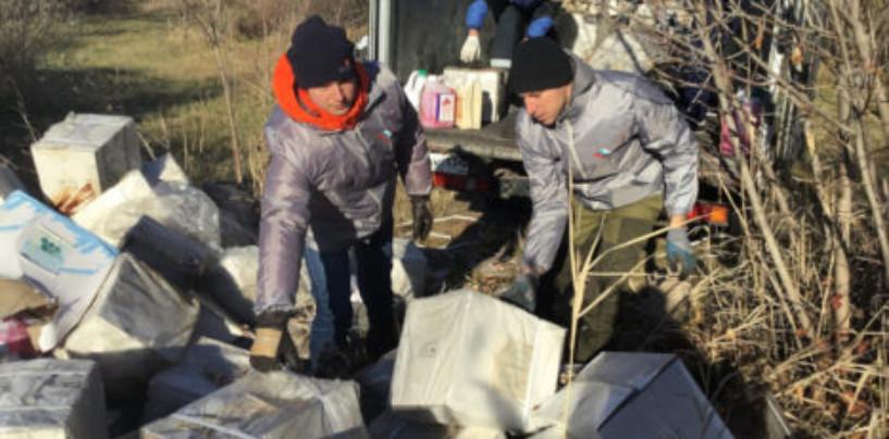 В пойме Царицы в Волгограде нашли жуткую свалку с химикатами