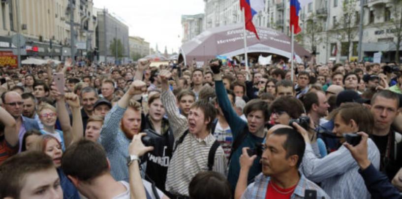 Протестный Петербург. Северная столица — лидер по демонстрациям в России