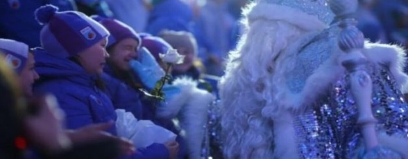 Стало известно, о чем мужчины и женщины просят Деда Мороза