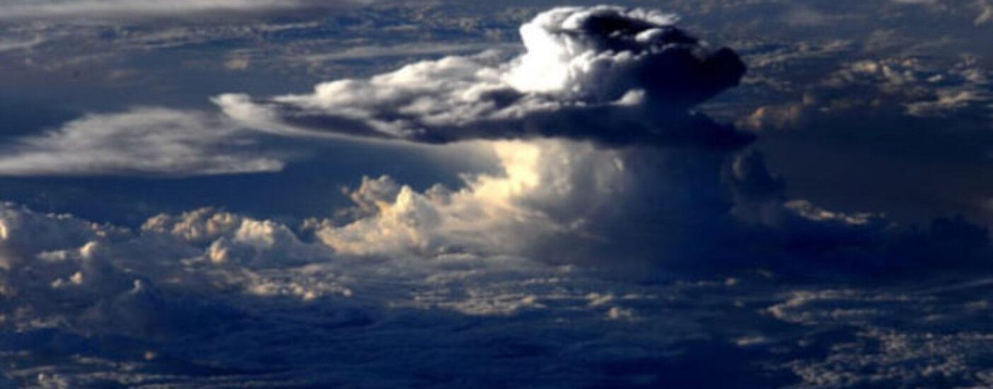 Климатологи предрекли катастрофические штормы в Европе и Америке