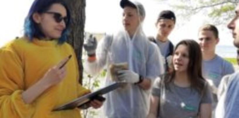 В поселке Лисий Нос состоялась 6-я международная молодежная экологическая акция «Чистый берег»