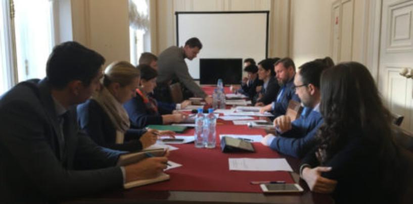 В ЗакСе обсудили перспективу перехода Петербурга на раздельный сбор мусора