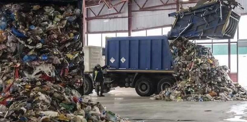 Более десятка регионов вновь срывают дедлайн мусорной реформы